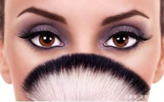 妆:棕色眼睛的终极婚礼化妆指南