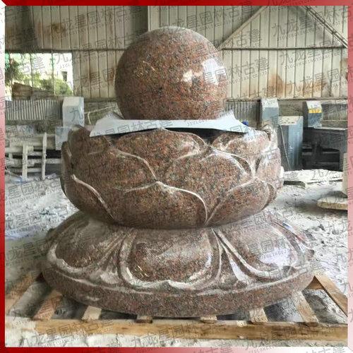 园林水景石雕 枫叶红石雕风水球喷泉雕塑