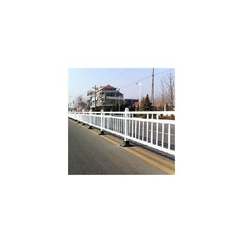 预埋立柱道路护栏 三横杆道路栏杆 PVC塑钢防护栏杆